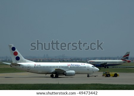 BELGRADE - MAY 31: Boeing 737-300 and Airbus A-319 on Belgrade airport, May 31, 2008 in Belgrade, Serbia