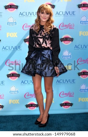 Bella Thorne at the 2013 Teen Choice Awards Arrivals Gibson Amphitheatre Universal City CA 08-11-13