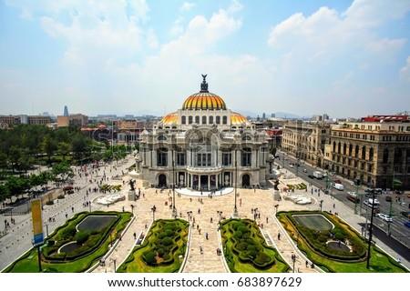 Belles artes Mexico City #683897629