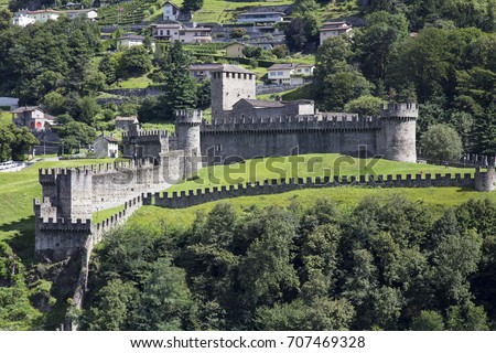 Bellinzona  is the capital of the canton Ticino in Switzerland. The city is famous for its three castles Montebello, Sasso Corbaro) that have been UNESCO World Heritage Sites since 2000.