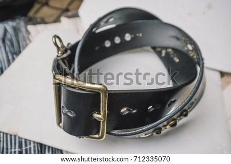 belt #712335070