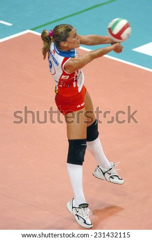 BERGAMO, ITALY-MAY 04, 2005: italian female volley ball player francesca piccinini in action, during the female italian volley league competition, in Bergamo.