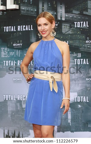 BERLIN, GERMANY - AUGUST 13: Julia Dietze attends the German premiere of 'Total Recall' at Sony Center on August 13, 2012 in Berlin, Germany