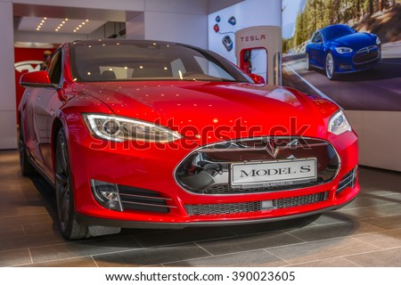 berlin germany march 5 2016 new tesla model s in tesla store on kurfuerstendamm berlin. Black Bedroom Furniture Sets. Home Design Ideas
