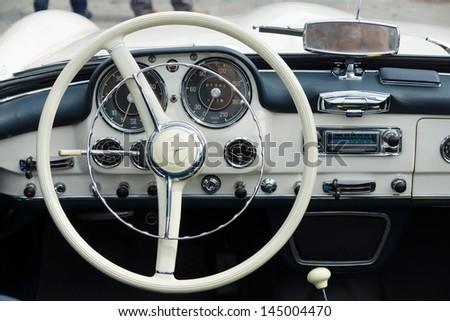 BERLIN - MAY 11: Cab Mercedes-Benz 190SL, 26th Oldtimer-Tage Berlin-Brandenburg, May 11, 2013 Berlin, Germany