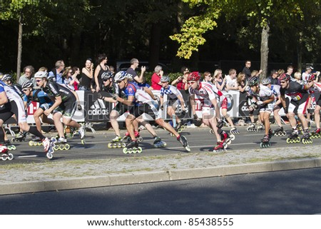 BERLIN - SEPTEMBER 25: Thirty-eighth Berlin  Marathon skater mass start on September 25,  2011 in Berlin, Germany.