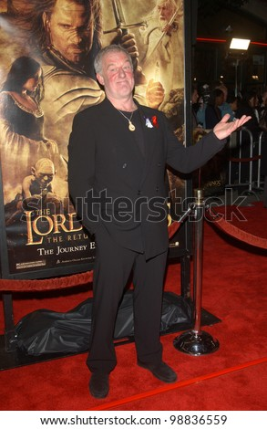BERNARD HILL at the USA premiere of his new movie The Lord of the Rings: The Return of the King, in Los Angeles. December 3, 2003  Paul Smith / Featureflash