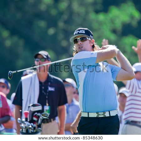 BETHESDA, MD - JUNE 14:  Hunter Mahan hits a shot at Congressional during the 2011 US Open on June 14, 2011 in Bethesda, MD.