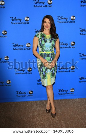 BEVERLY HILLS - AUG 4: Bellamy Young at the 2013 Television Critics Association's Summer Press Tour - Disney/ABC Party at The Beverly Hilton Hotel on August 4, 2013 in Beverly Hills, California