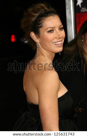"""BEVERLY HILLS - DECEMBER 05: Jessica Biel at the World Premiere of """"Home of the Brave"""" on December 05, 2006 at The Academy of Motion Picture Arts and Sciences, Beverly Hills, CA."""