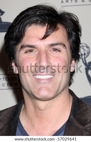 BEVERLY HILLS - JUN 24:  Vincent Irizarry arrives at the TV Academy reception for the 2010 Daytime Emmy Awards Nominees SLS Hotel on June 24, 2010 in Beverly Hills, CA