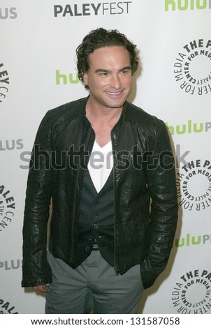 BEVERLY HILLS - MARCH 13: Johnny Galecki arrives at the 2013 Paleyfest \