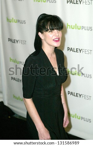BEVERLY HILLS - MARCH 13:  Pauley Perrette arrives at the 2013 Paleyfest \