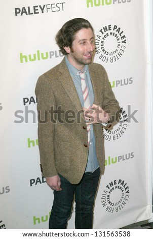 BEVERLY HILLS - MARCH 13: Simon Helberg arrives at the 2013 Paleyfest \