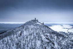 Bezdez Castle is a Gothic castle located some 20 kilometres southeast of Ceska Lipa, in the Liberec Region, Northern Bohemia, Czech Republic. Its construction began before 1264.