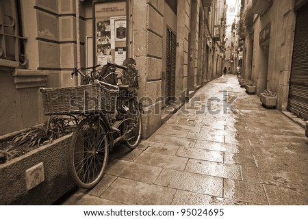 Bicycle parked on the narrow street of Barcelona