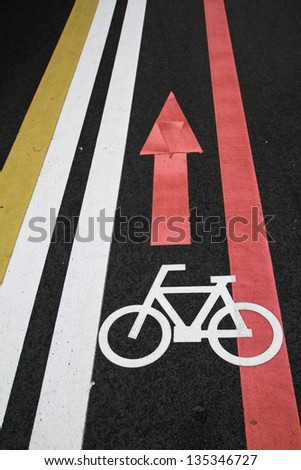Bicycle sign path on the road