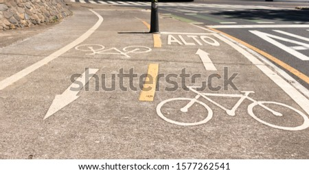 bicycle signs and traffic signs