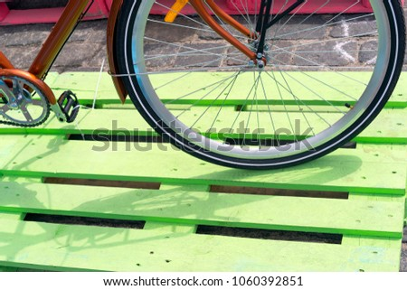 Bicycle wheel, tyre and spokes, type and variety of wheels of two-wheeled vehicle #1060392851