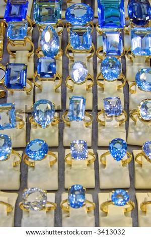 Big and blue shinny diamonds rings jewelers