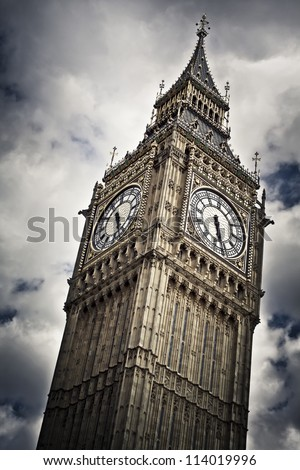 Big Ben against cloudy sky