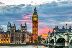 Big Ben Clock Tower and Parliament house at city of westminster, London England UK