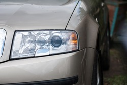 big car headlights Skoda Octavia