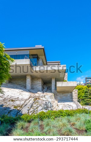 Free photos custom built luxury modern house on the cliff for Custom build house online