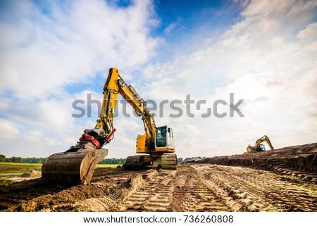 Big excavator in construction site Foto stock ©