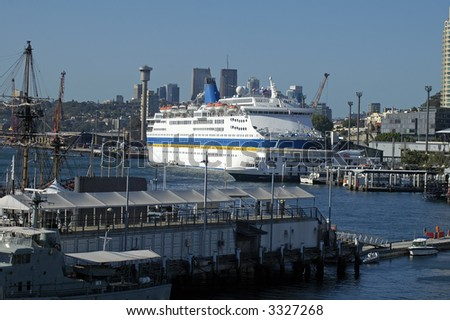 big passenger anchoring in Darling Harbour in Sydney