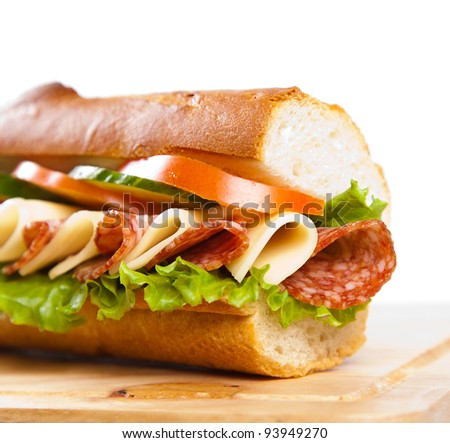 jueves 7 junio................... Stock-photo-big-sandwich-with-fresh-vegetables-on-wooden-board-93949270