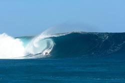Big Waves Cloudbreak