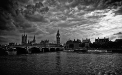Bigben cloudy dark London city