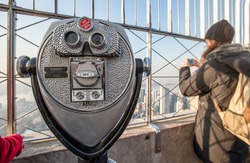 Binocular on empire state building