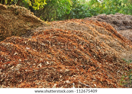 Biomass and mulch, organic material.