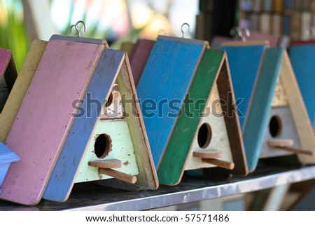 Bird house family.