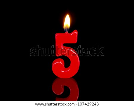 Birthday-anniversary candles showing Nr. 5