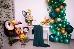 birthday party tropical balloons green bright childlike