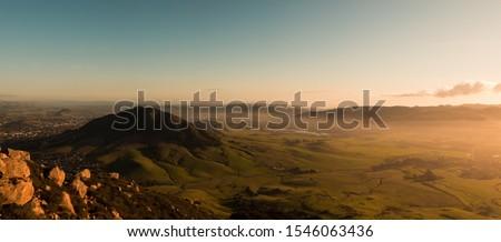 Bishops Peak Sunset In San Luis Obispo, CA Foto stock ©