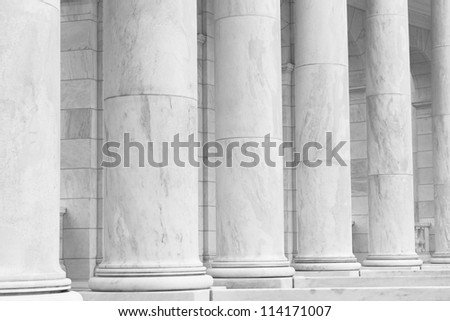 Black and White Pillars