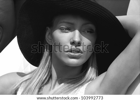 Black and white portrait of beautiful delicate woman