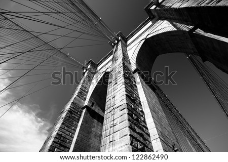 Black and white view of Brooklyn Bridge #122862490
