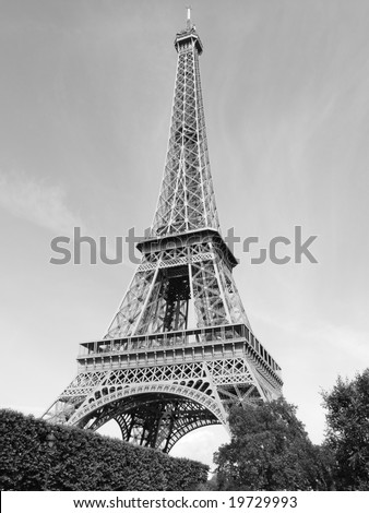 Paris France Eiffel Tower Pictures on Black And White View Of The Eiffel Tower  Paris  France Stock Photo