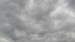 Black clouds hanging in the sky are a sign of overcastity