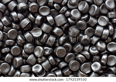 Black plastic beads, Polymers bead or polymer resin, polymer pallet, Product from petrochemical plants. granules polymer, Stockfoto ©
