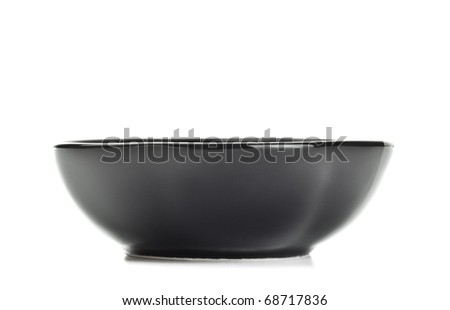 black salad bowl isolated on white background
