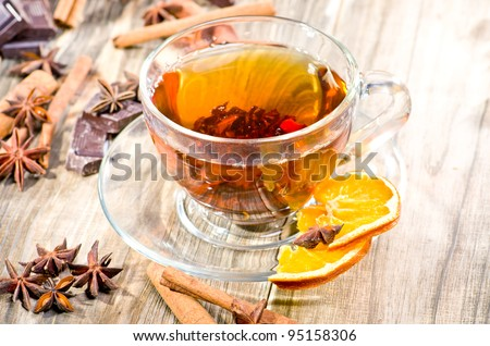 Black tea with chocolate and cinnamon