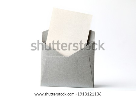 Blank white card with grey envelope template mock up. Greeting card or invitation mailing concept. Foto stock ©