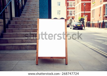 blank wooden whiteboard restaurants advertising street sign with