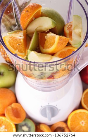 blender with fruits